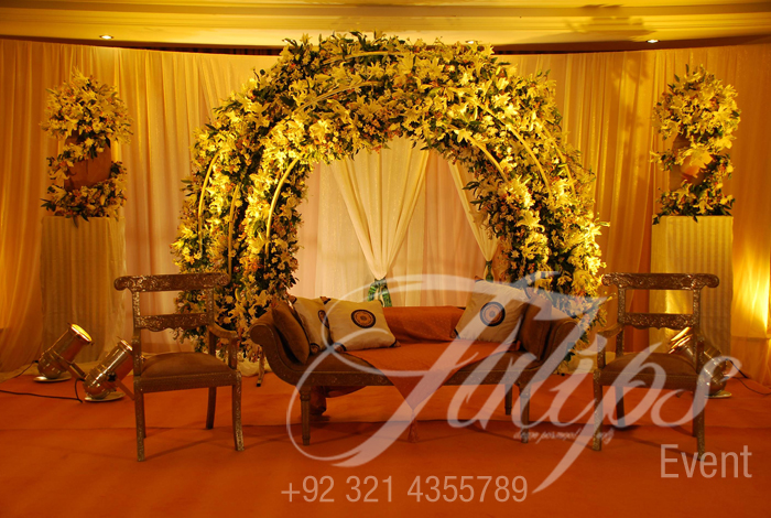 Simple Mehndi Decoration At Home : Tulips event best pakistani wedding stage decoration flowering for