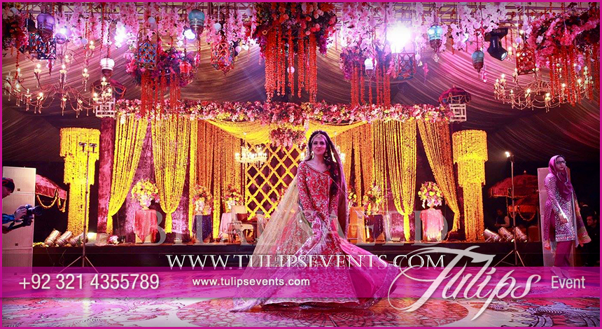 Mehndi Stage Background : Tulips event best pakistani wedding stage decoration flowering