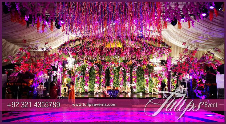 Tulips event best pakistani wedding stage decoration flowering for pakistani wedding stage design junglespirit Image collections